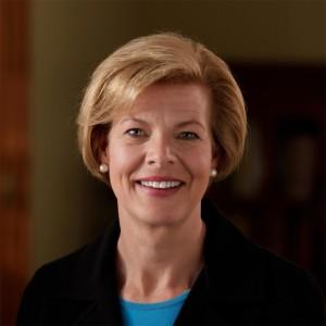 Sen. Baldwin Questions SEC on Buybacks